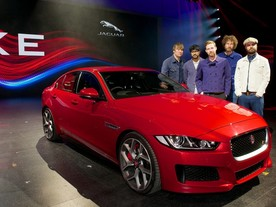 Jaguar XE se představil v Earls Court