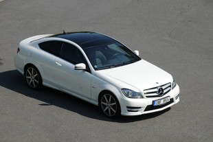 Mercedes-Benz C 250 CDI BlueEFFICIENCY kupé – noblesní 1. edice